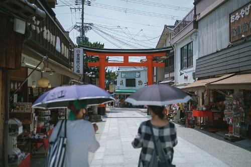 訪日客が激減した京都(写真:Nicolas Datiche/アフロ)