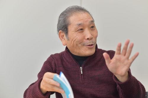井上さんは、30年以上にわたって孫社長を取材してきた(写真:菊池一郎)