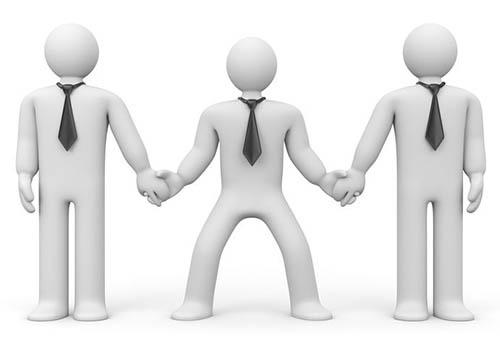 本社と現地の間をうまく取り持つのも現地責任者の重要な役割(写真:123RF)