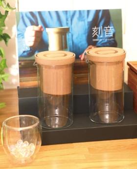 """<span class=""""fontBold"""">日本茶をドリップ式でいれる「刻音(ときね)」。クラウドファンディングも利用して販売に乗り出した</span>(写真:都築雅人)"""