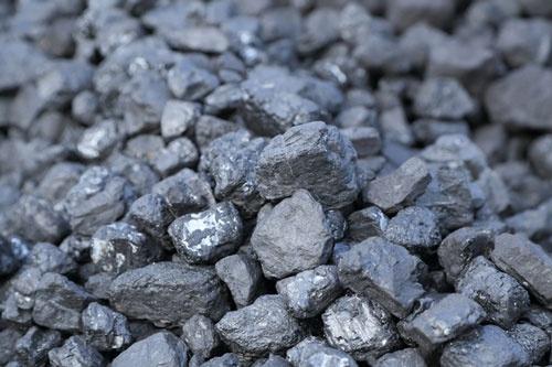 石炭がなぜ必要なのか(写真:PIXTA)