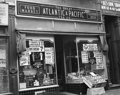 食料品を扱う店として米国で急拡大を遂げた後、破たんしたA&P(写真=George Rinhart / Getty Images)